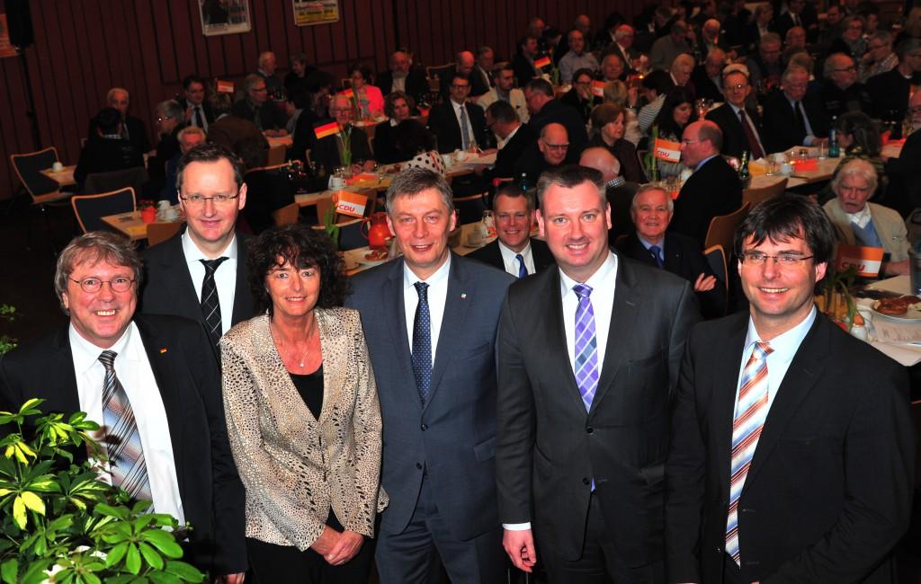 v.l.n.r.: Uwe Schummer, Dr. Stefan Berger, Luise Fruhen, Bodo Löttgen (Generalsekretär CDU NRW), Michael Aach, Dr. Marcus Optendrenk